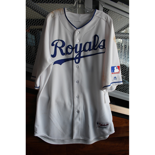 Photo of Game-Used 1969 Throwback Jersey: Salvador Perez (Size 48 - NYY at KC - 5/19/18)