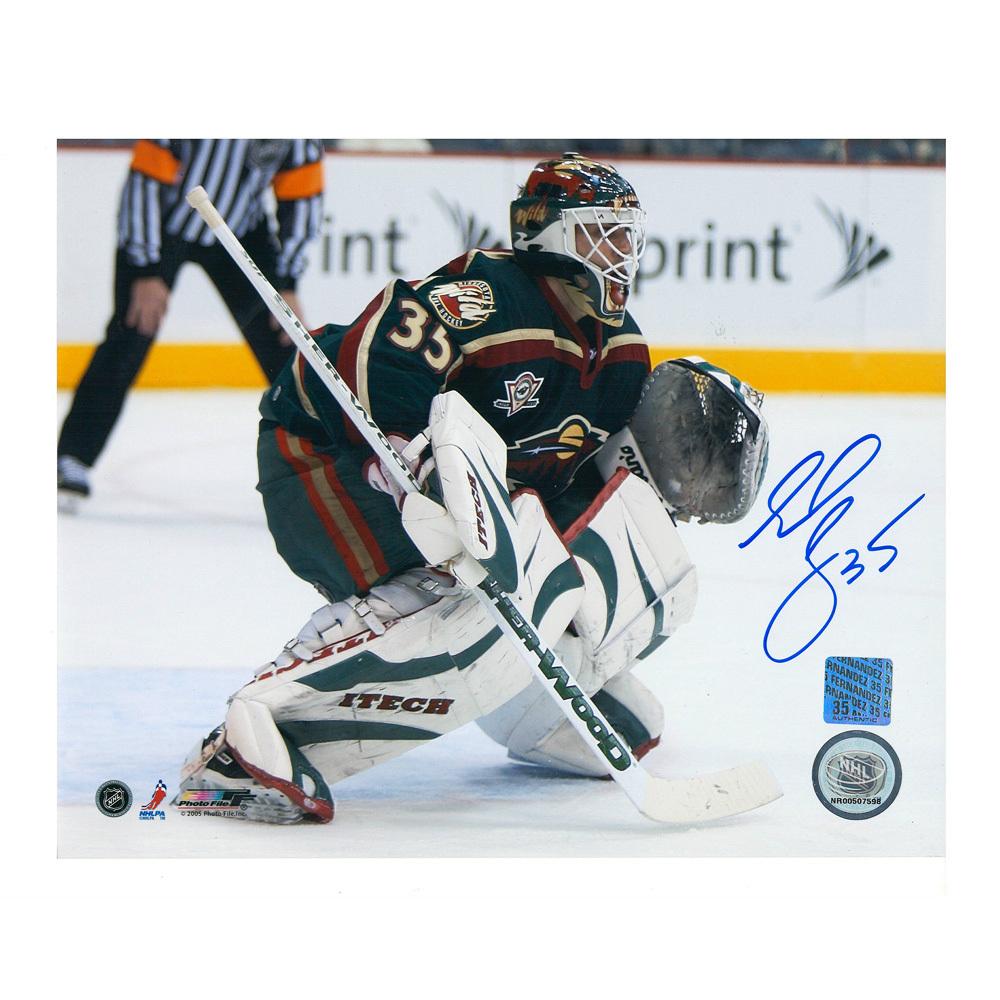 MANNY FERNANDEZ Signed Minnesota Wild 8 X 10 Photo - 70399