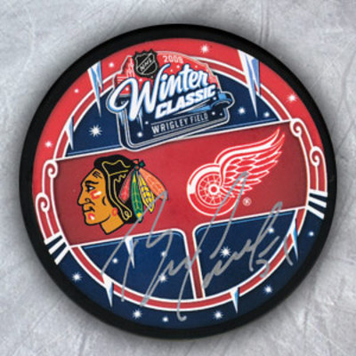 BRIAN CAMPBELL Chicago Blackhawks SIGNED 2009 Winter Classic Puck