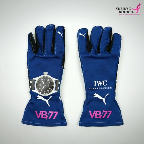 Photo of Valtteri Bottas 2017 US Grand Prix Race Gloves Mercedes-AMG Petronas Motorspo...