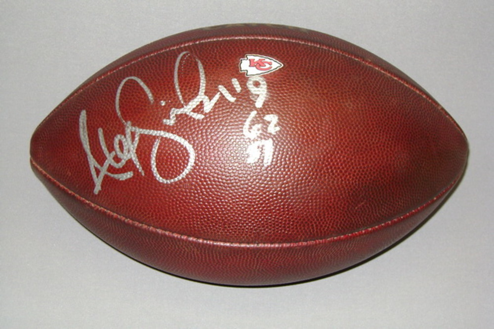 Crucial Catch - Chiefs Alex Smith signed and game used football w/ Crucial Catch logo and Chiefs logo (October 15, 2017)