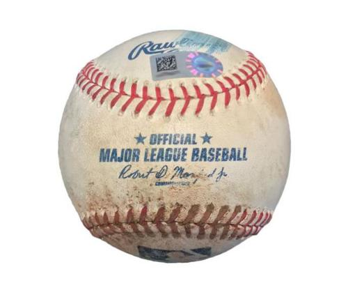 Photo of Game-Used Baseball from Pirates vs. Giants on 8/21/15 - Madison Bumgarner Pitch