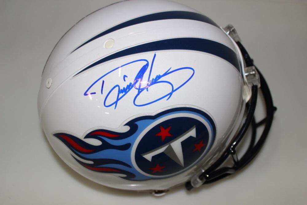 NFL - TITANS DERRICK HENRY SIGNED TITANS PROLINE HELMET
