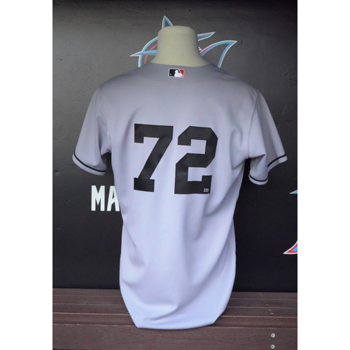 Photo of Game-Used Jersey: #72 - 1949 Sun Sox Throwback Jersey vs Cubs (June 8, 2014) - Size 46