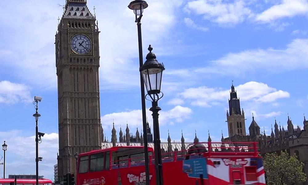 LYRICAL LONDON TOWN