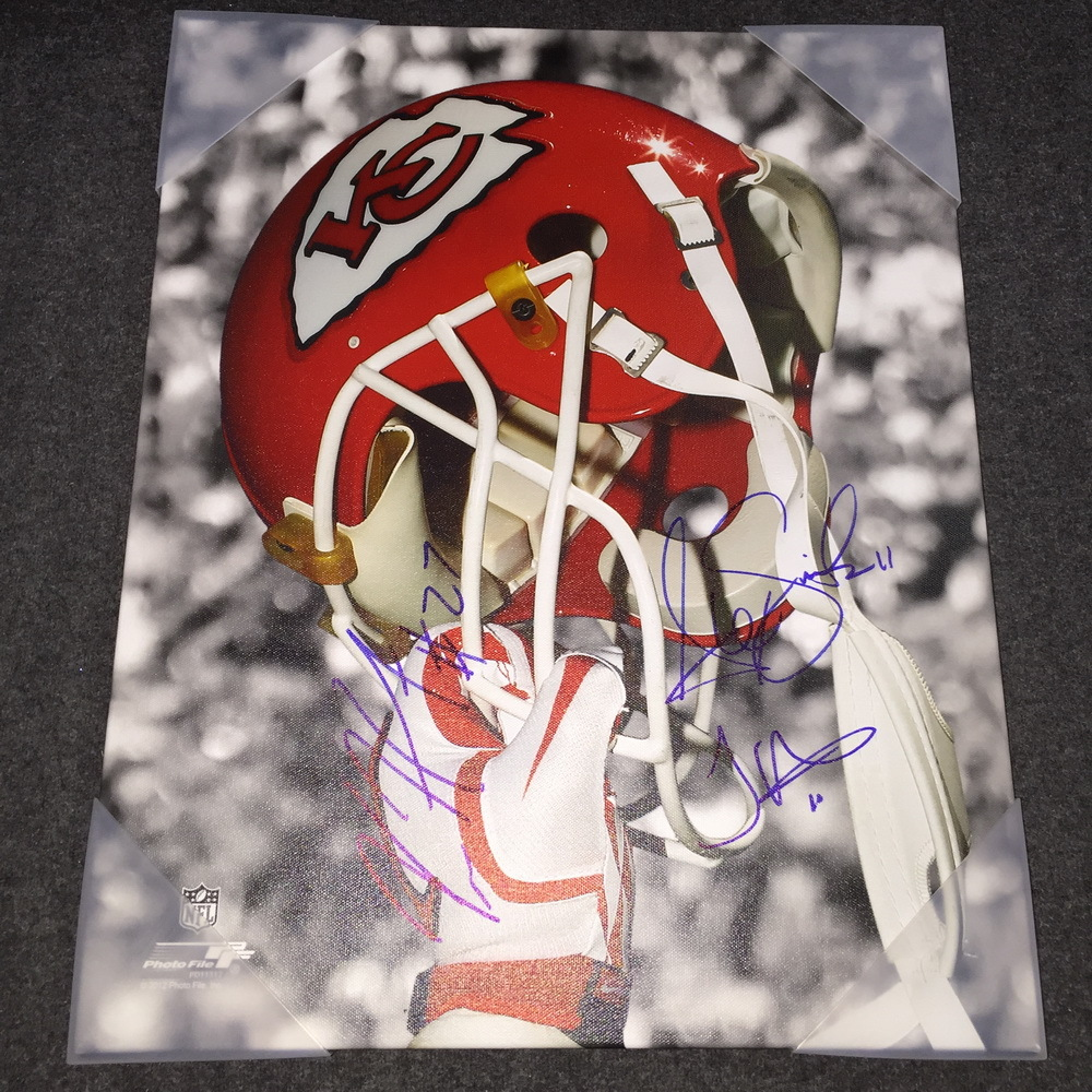 NFL - Chiefs multi signed 16x20 canvas print (including Kareem Hunt, Alex Smith, Tyreek Hill)