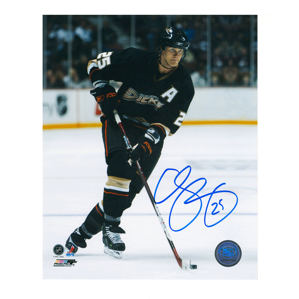 CHRIS PRONGER Signed Anaheim Ducks 8 X 10 Photo - 70411