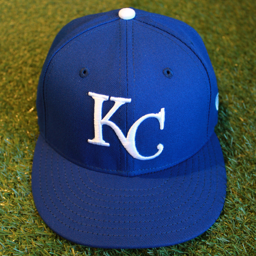Photo of Game-Used 1969 Throwback Cap: Cal Edlred (Size 7 1/4 - NYY @ KC - 5/19/18)