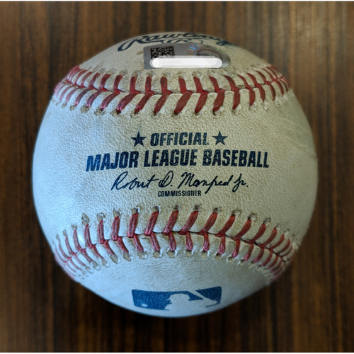Photo of Austin Wynns - RBI Single: Game-Used