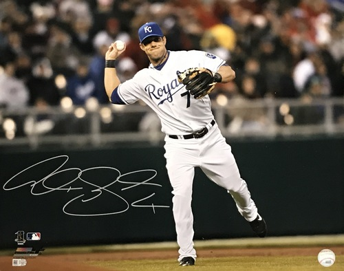 Photo of Alex Gordon Autographed 16x20 Photo (Fielding)
