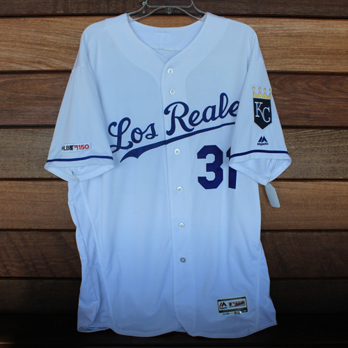Photo of Game-Used Los Reales Jersey: Ian Kennedy (Size 48 - MIN @ KC - 6/21/19)