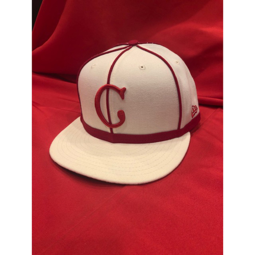 Photo of David Hernandez -- 1902 Throwback Cap -- Game Used -- SF @ CIN on May 4, 2019
