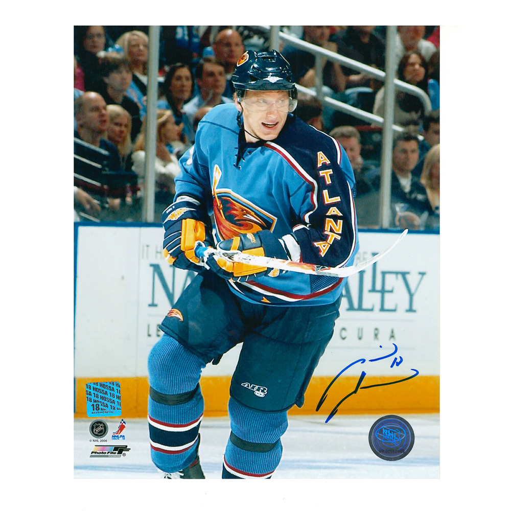 MARIAN HOSSA Signed Atlanta Thrashers 8 X 10 Photo - 70423