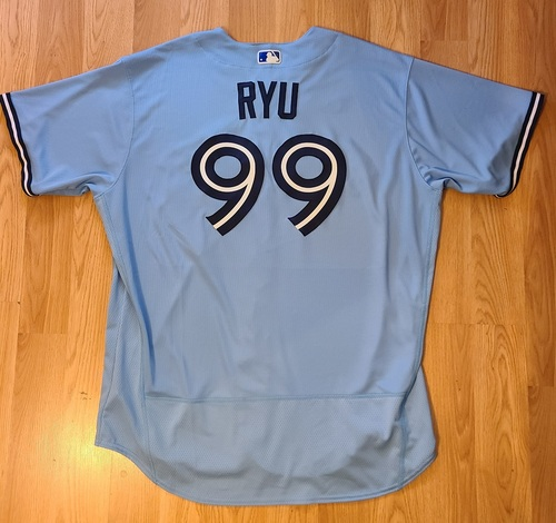 Photo of Authenticated Game Used Jersey: #99 Hyun Jin Ryu (May 18, 2021: 7 IP, 4 Hits, 0 ER, 7 Ks. Winning Pitcher.). Size 54.