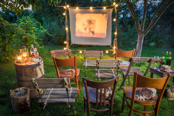 Clickable image to visit Outdoor Movie Night Package