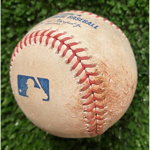 Dansby Swanson Hit RBI Single Ball off Wader Suero - June 1, 2021