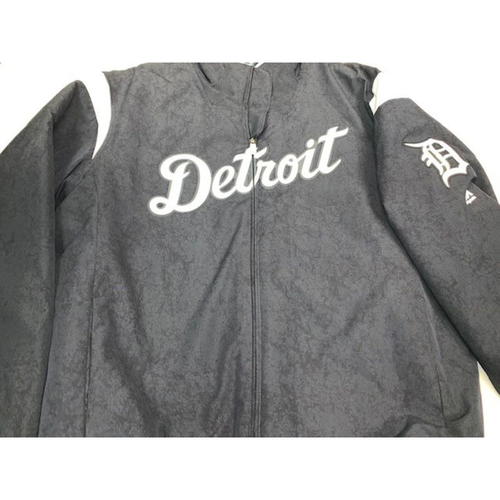 Photo of Team-Issued #9 Home Bench Jacket