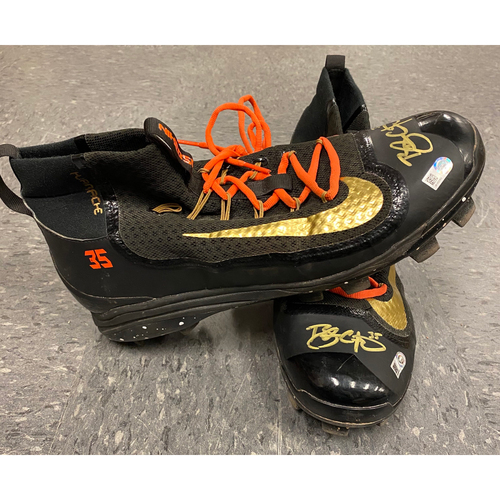 Photo of Autographed Cleats - signed by #35 Brandon Crawford - Size 12