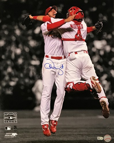 Photo of Adam Wainwright Autographed 16x20 Photo (Celebration)