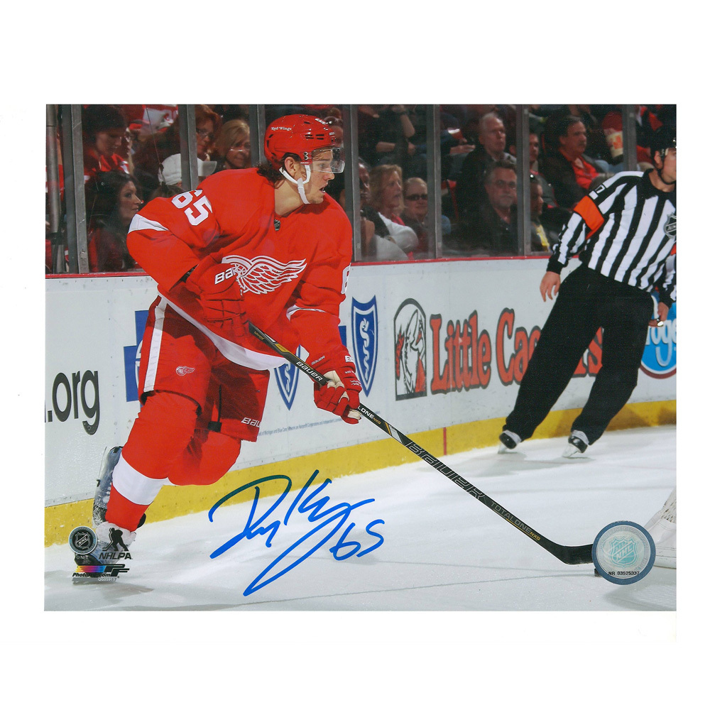 DANNY DEKEYSER Signed Detroit Red Wings 8 X 10 Photo - 70436