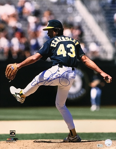Photo of Dennis Eckersley Autographed 16x20 Photo (Pitching)