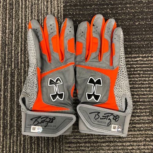 Photo of San Francisco Giants - Autographed Gray & Orange Batting Gloves (Pair) - #28 Buster Posey