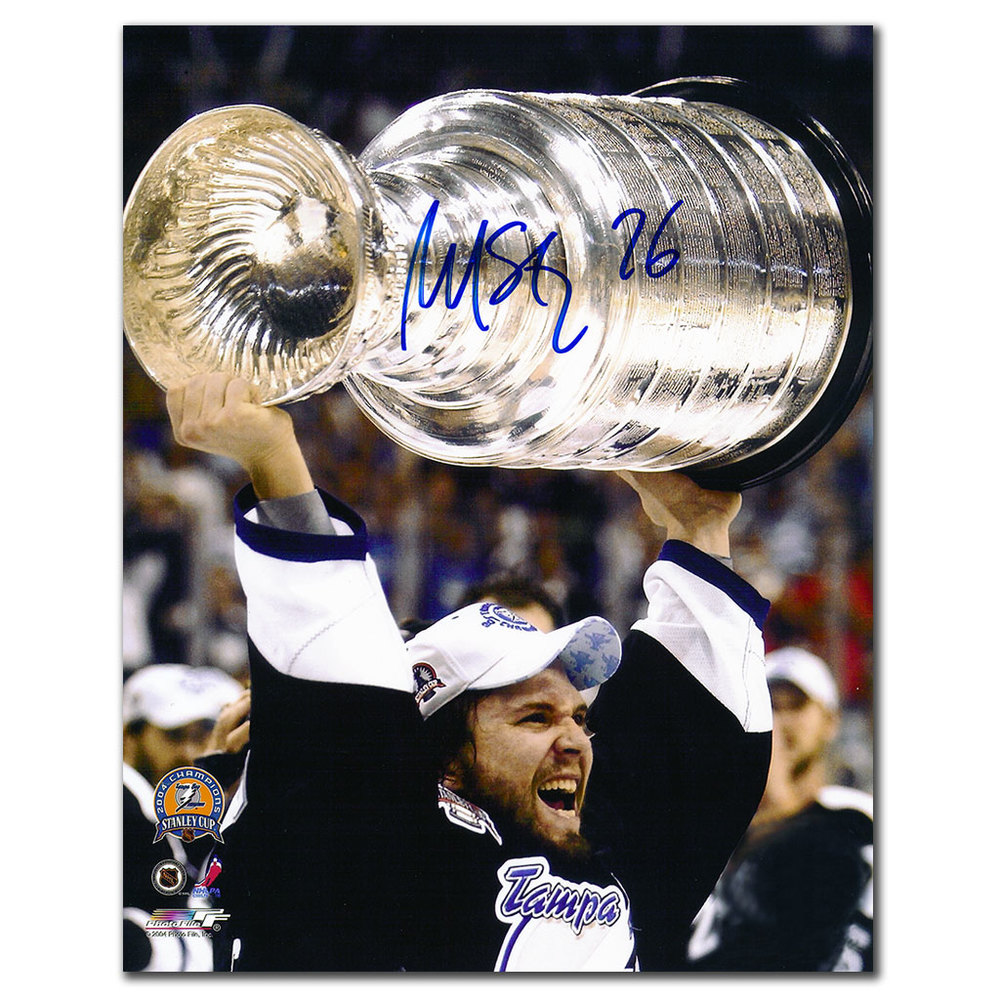Martin St. Louis Tampa Bay Lightning 2004 STANLEY CUP Autographed 8x10