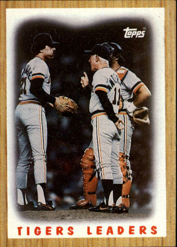 Photo of 1987 Topps #631 Tigers Team/(Mound conference)