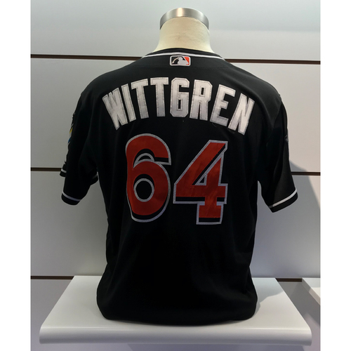 Photo of Game-Used Jersey: Nick Wittgren vs Reds (September 21, 2018) (Size - 48)