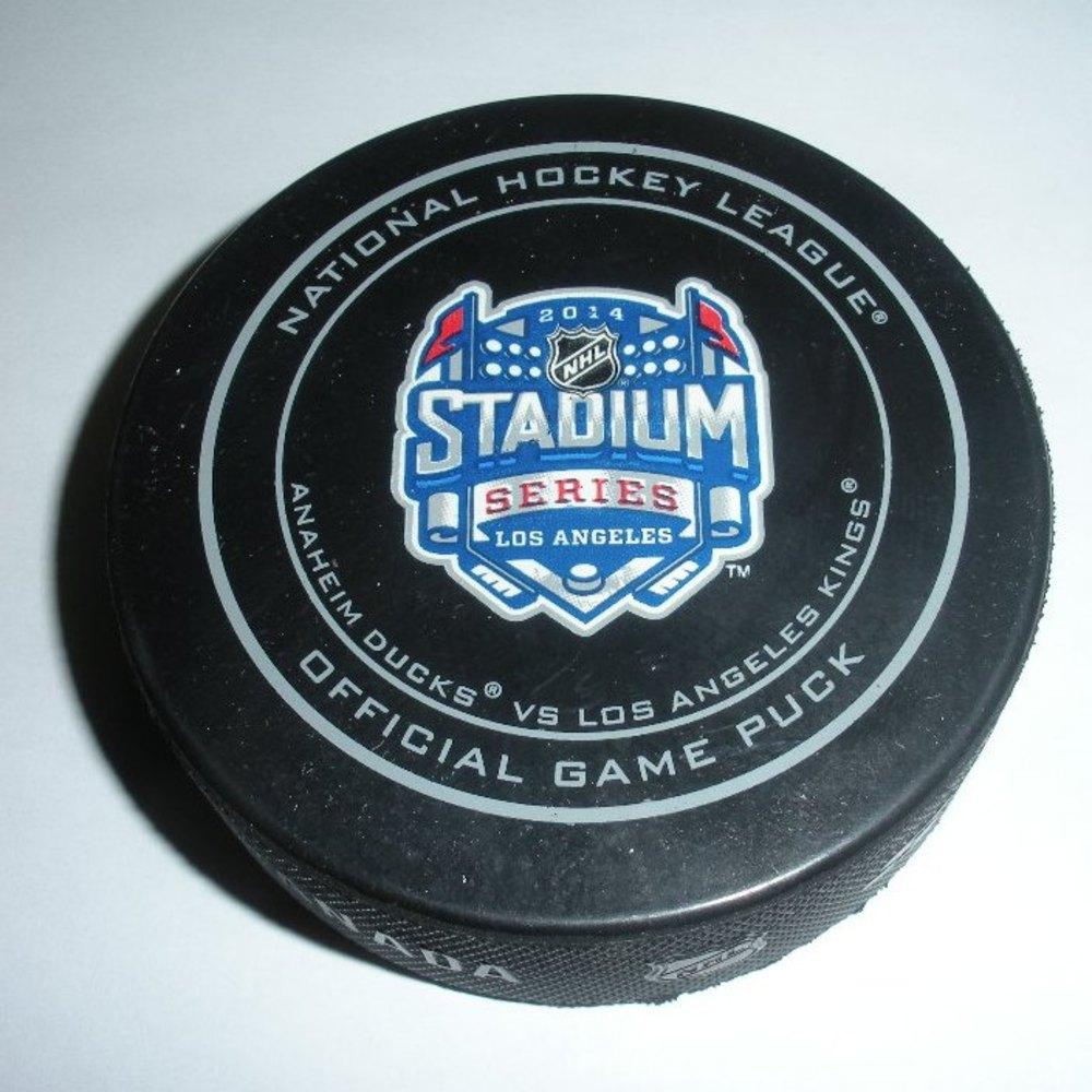 2014 Stadium Series - Kings vs Ducks - Game Puck - First Period - 4 of 7