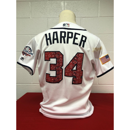 Photo of Game-Used 2018 Jersey - Bryce Harper