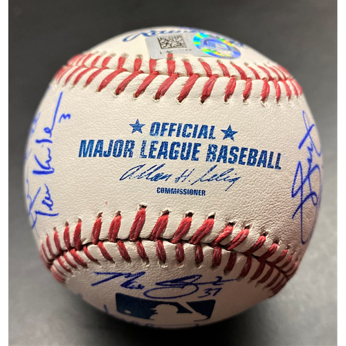 Photo of Detroit Tigers 2014 Team Signed Baseball (MLB AUTHENTICATED)