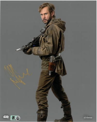 Dominic Monaghan As Beaumont Kin 8X10 AUTOGRAPHED IN 'Gold' INK PHOTO