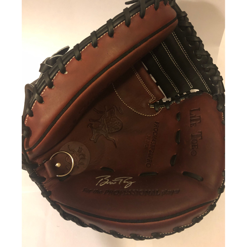 Photo of Buster Posey Autographed Catchers Mitt