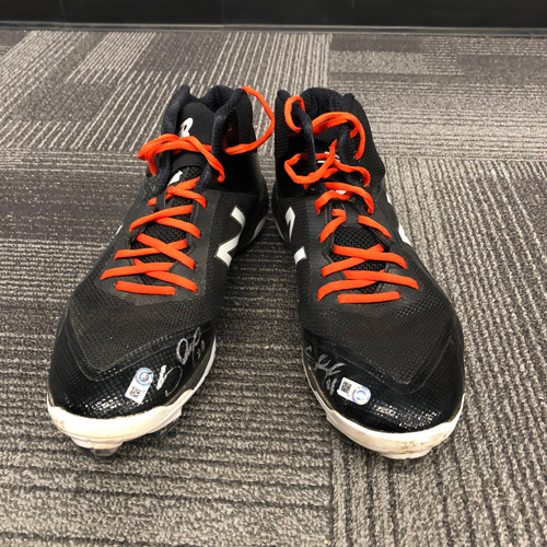 Photo of San Francisco Giants - Autographed Black & White Cleats (Pair) - #48 Pablo Sandoval