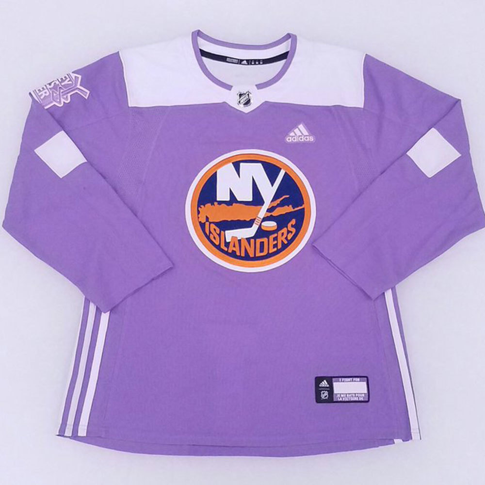 outlet store aedc5 0a605 Cal Clutterbuck- Hockey Fights Cancer Jersey Auction- New ...