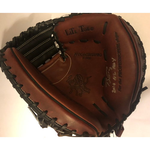 "Photo of Buster Posey Autographed ""10 NL ROY"" Catchers Mitt"