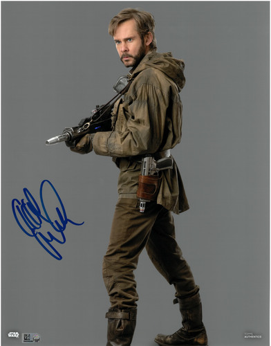 Dominic Monaghan As Beaumont Kin 11X14 AUTOGRAPHED IN 'Blue' INK PHOTO