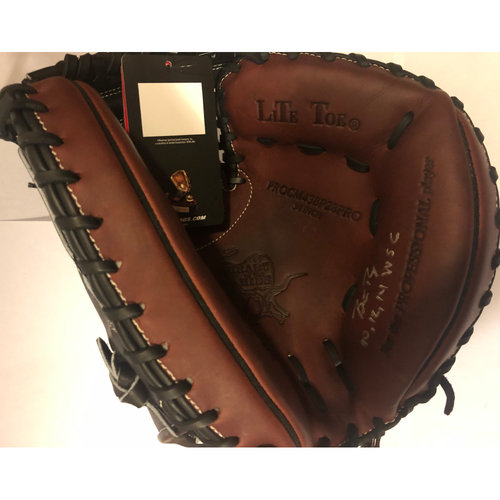 "Photo of Buster Posey Autographed ""10,12,14 WSC"" Catchers Mitt"