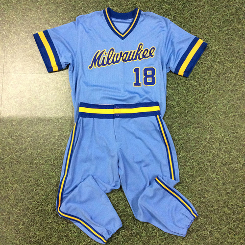 Photo of Eric Sogard 2018 Game-Used 1983 Throwback Jersey & Pants