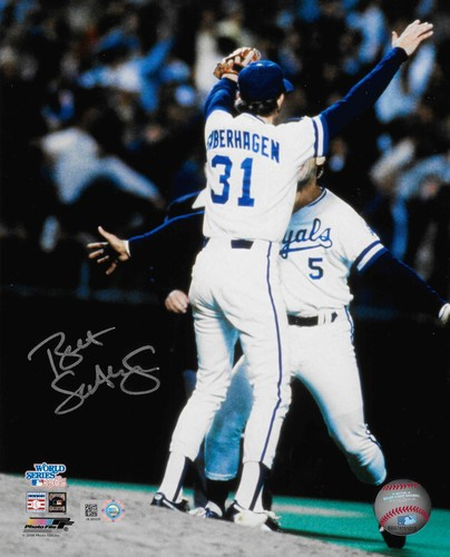 Photo of Bret Saberhagen Autographed 8x10 Photo (Celebration)