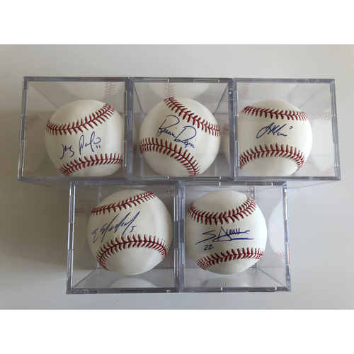 Photo of Infielders Baseball Set