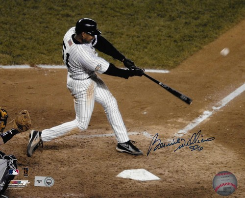 Photo of Bernie Williams Autographed 8x10 Photo (Batting)