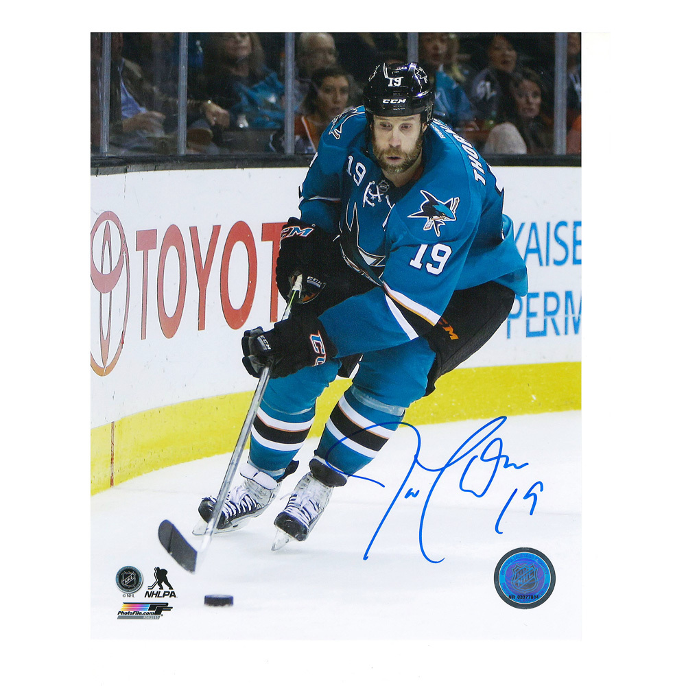 JOE THORNTON Signed San Jose Sharks 8 X 10 Photo - 70139