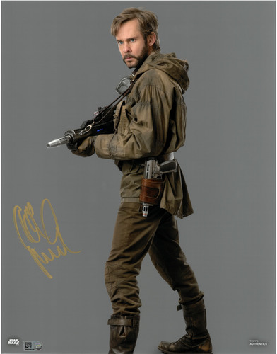 Dominic Monaghan As Beaumont Kin 11X14 AUTOGRAPHED IN 'Gold' INK PHOTO