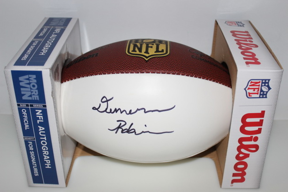 NFL - CHIEFS DEMARCUS ROBINSON SIGNED PANEL BALL