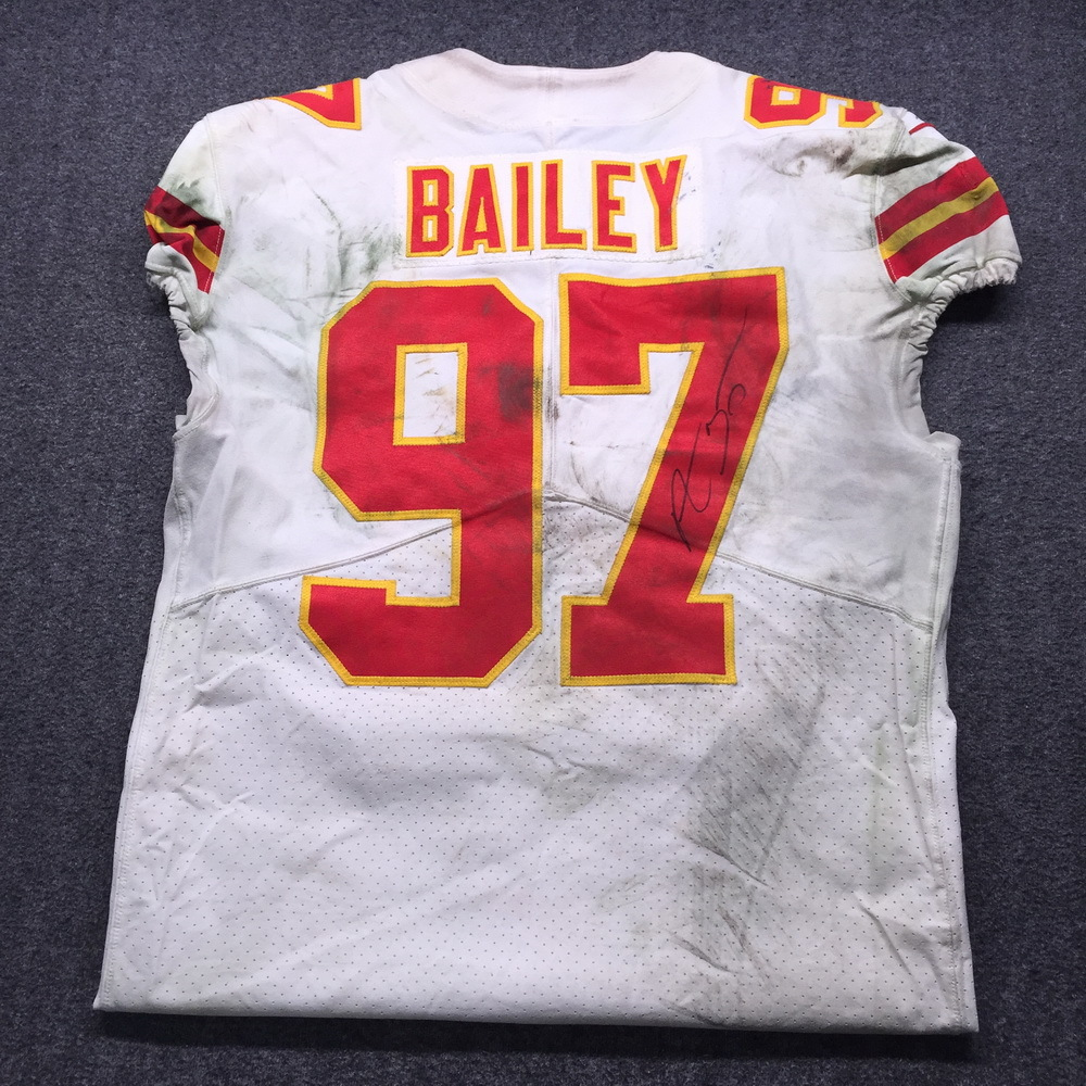 NFL - Chiefs Allen Bailey Signed Game Used Jersey Size 44 (11/19/18)