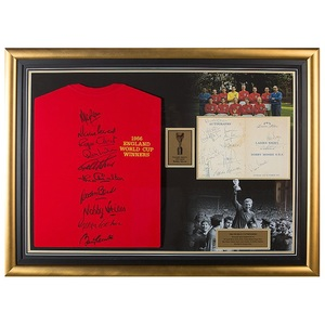 Photo of L/E #1 England 1966 World Cup Winners Team Signed Shirt Presentation With Bob...