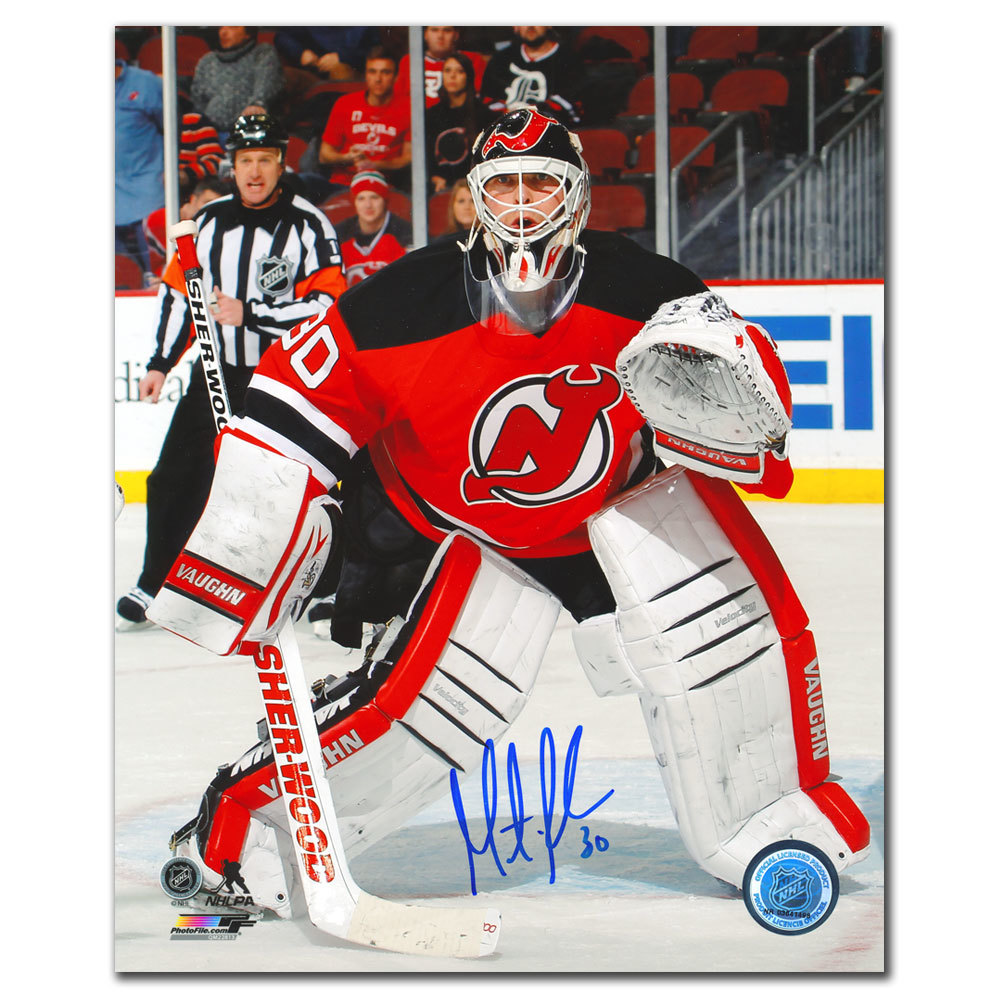 Martin Brodeur New Jersey Devils FOCUSED Autographed 8x10