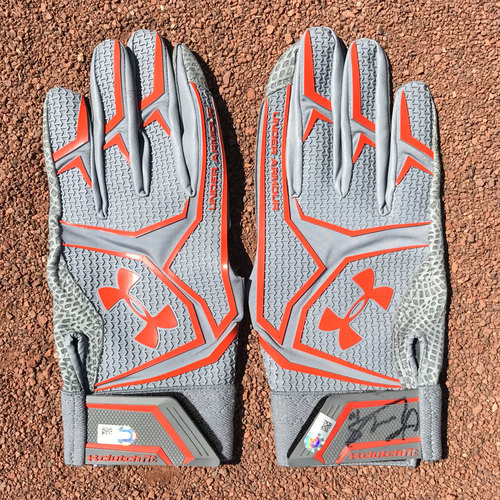 Photo of San Francisco Giants - Autographed Batting Gloves - Eduardo Nunez (pair)